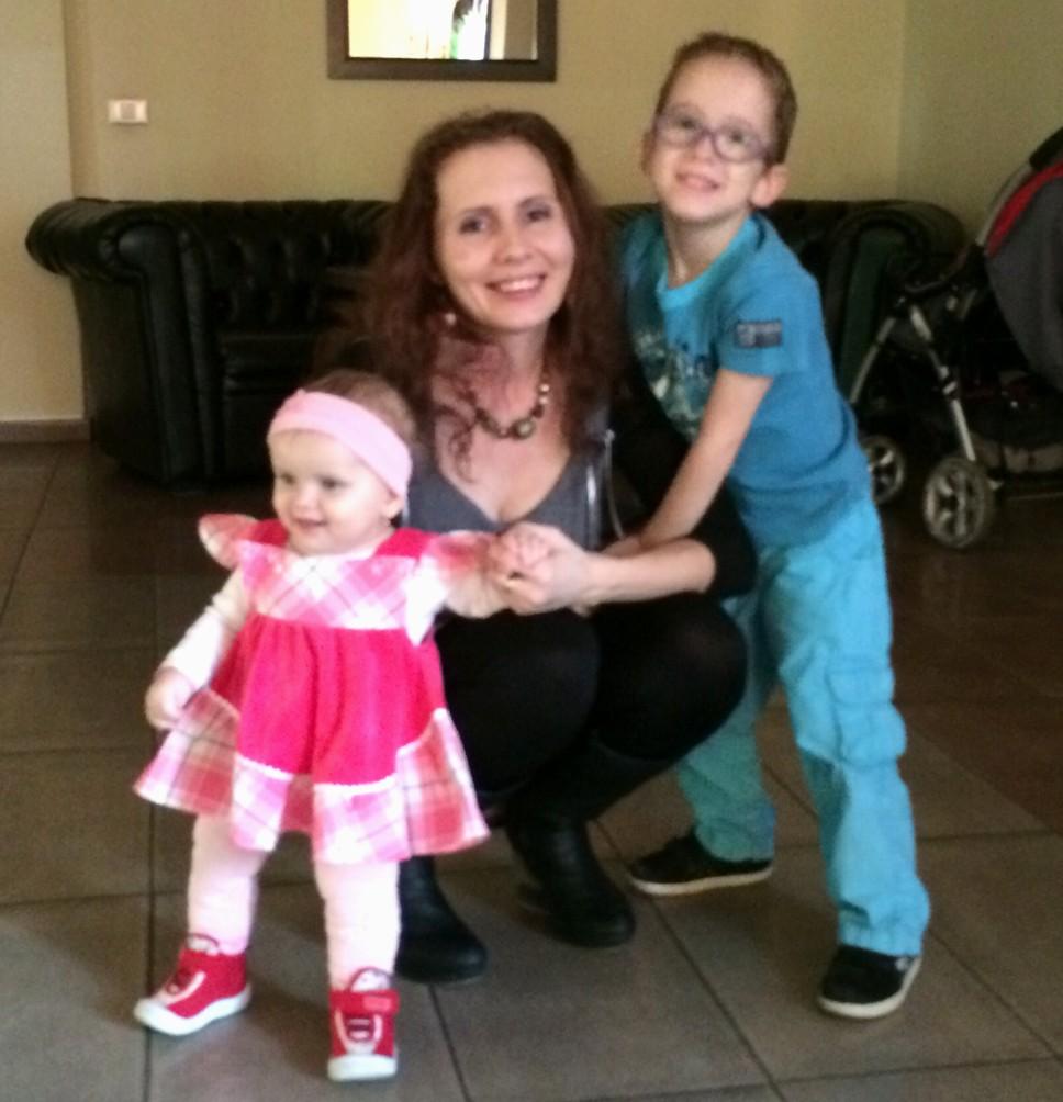 Carina-Iona, Ana-Cosmina şi Darius-Andrei