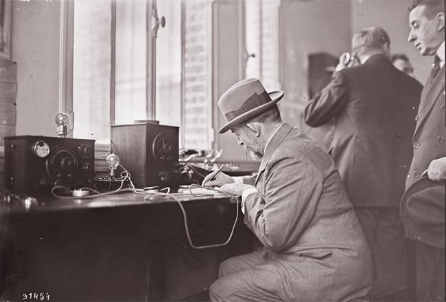 GALLICA, Sainte-Assise, 22.04.1924: le roi de Roumanie écrit un message à son fils
