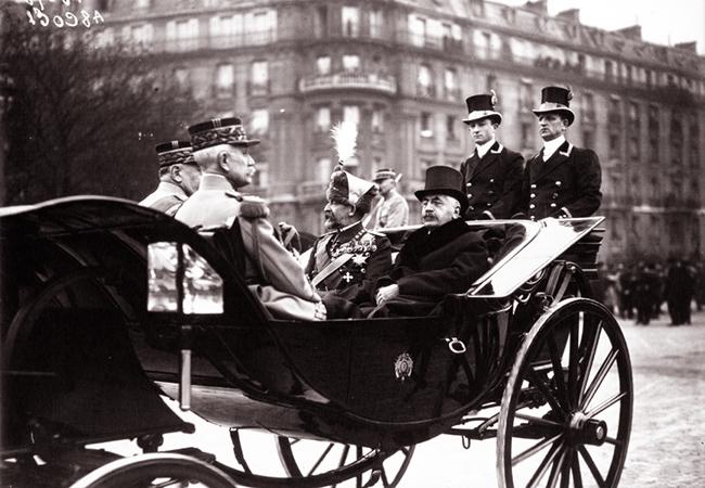 GALLICA: Voyage du Roi et de la Reine de Roumanie à Paris. Le Roi Ferdinand de Roumanie et M. Millerand