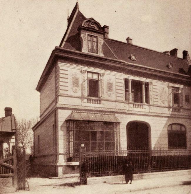 Hotelul academicianului M. Negruzzi, din Strada Romană