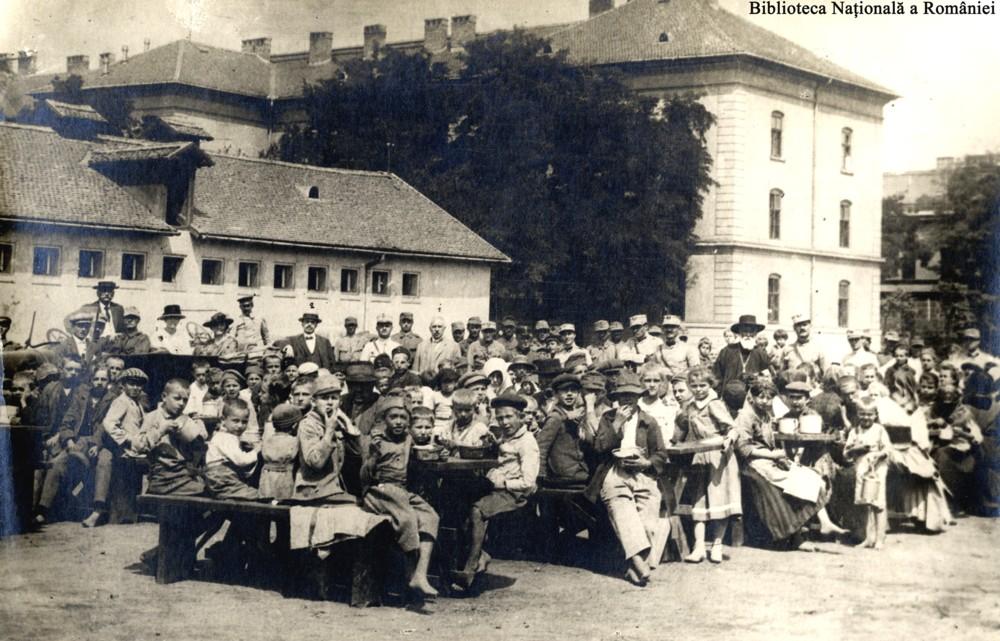 Hrănirea budapestanilor - Biblioteca Naţională a României