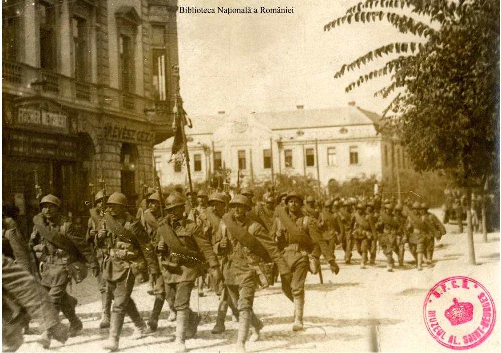 Intrarea trupelor române în Csegled - Biblioteca Naţională a României