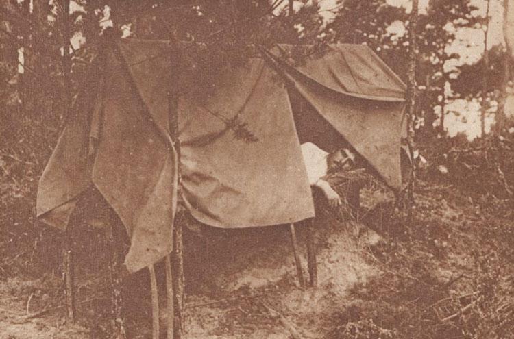 0 L image de la guerre 2 1916 Ofiter rus cantonat în Bucovina