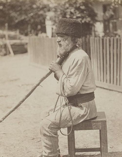 0 Types et costumes de la Rusie Român