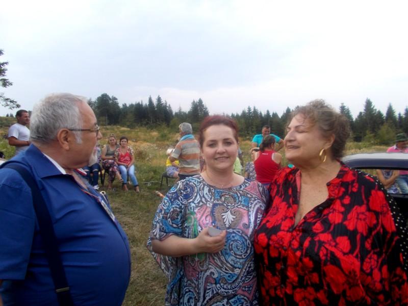 Menachem Falek, Violeta ŢĂRAN şi Lea TARAN