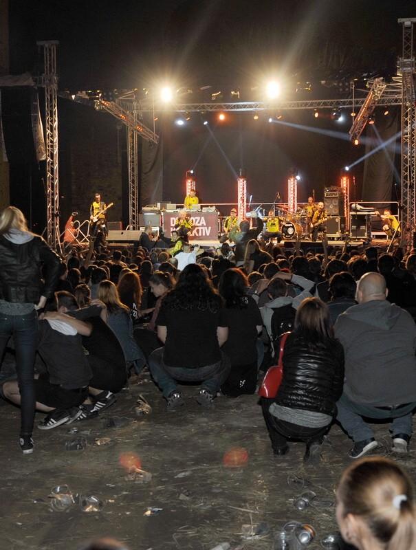Un public îngenuncheat de respectul faţă de muzică
