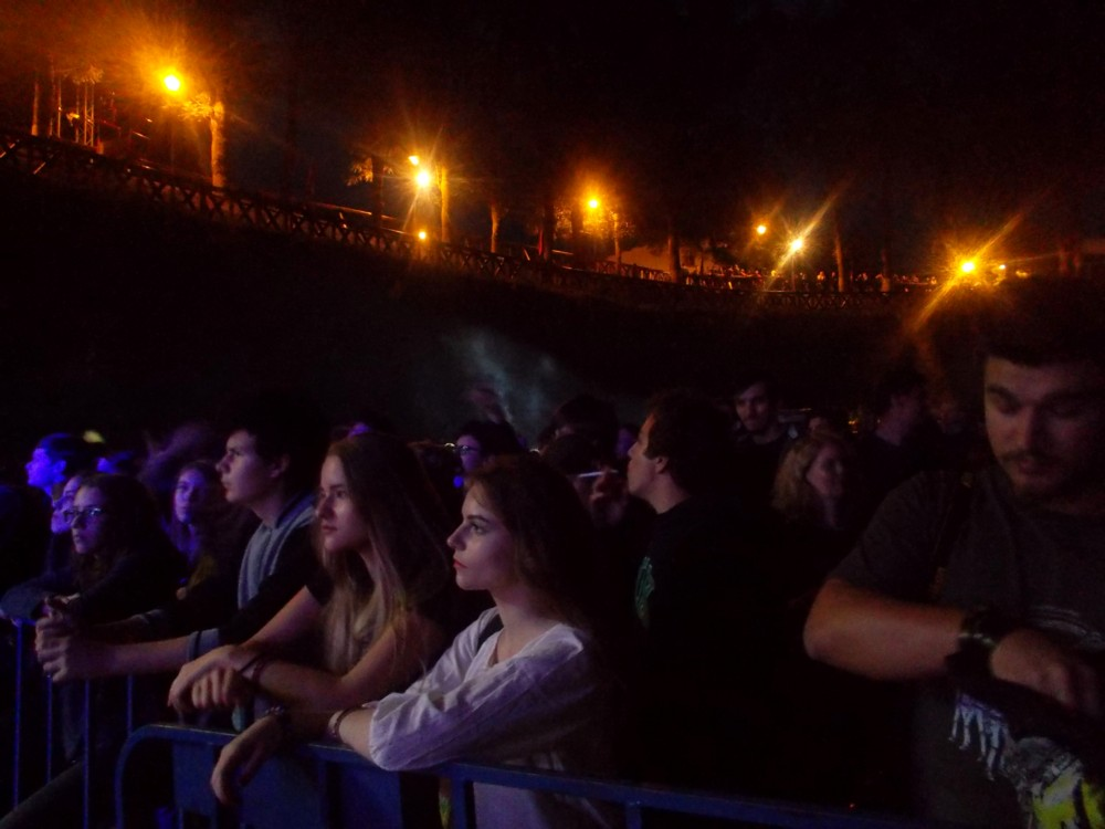 1 Public noaptea 2