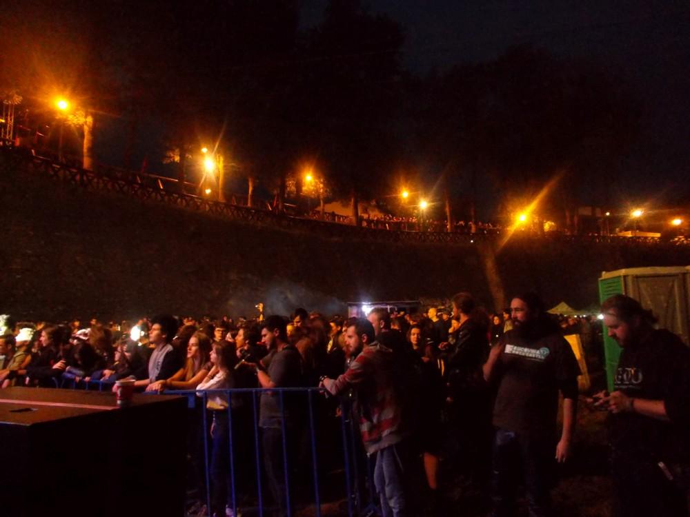 1 Public noaptea