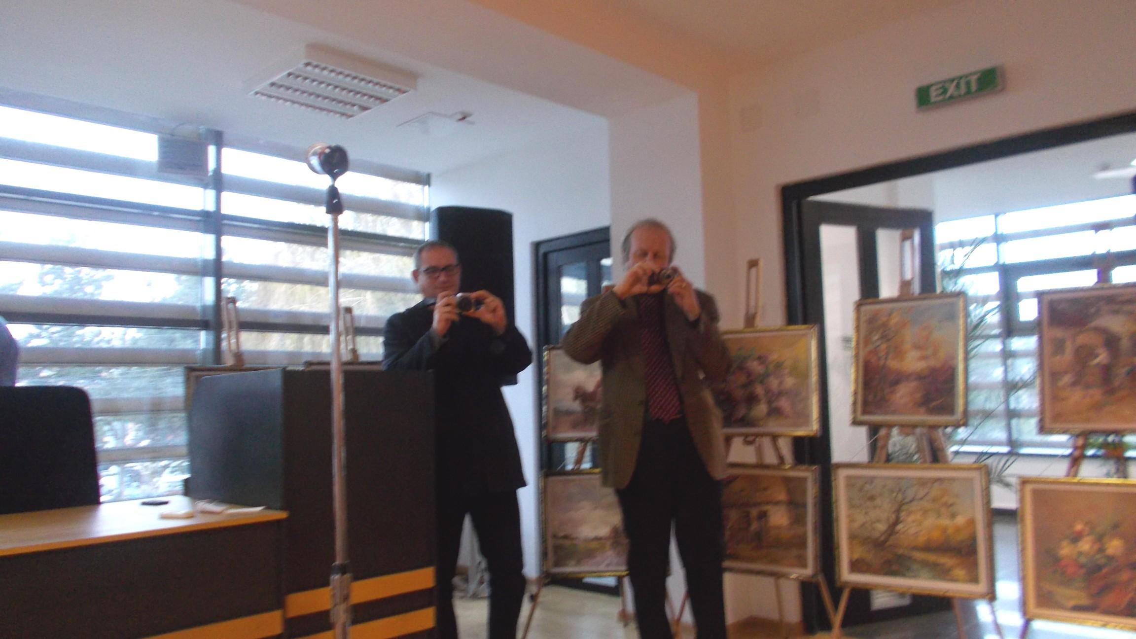 Paparazzi: poeţii Dorin Liviu Clement şi Roman Istrati