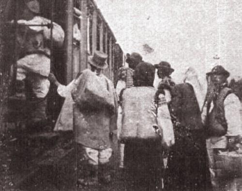 1915, februarie 27, La Revue hebdomadaire: La Stanislaw, în trenul spre Siget; foto: Edme Vielliard