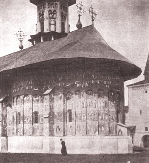 1915, februarie 27, La Revue hebdomadaire: Mănăstirea Suceviţa; foto: Edme Vielliard