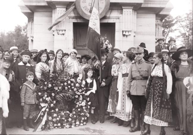 1917 GALLICA Manifestation en l'honneur de la Roumanie Paris 1