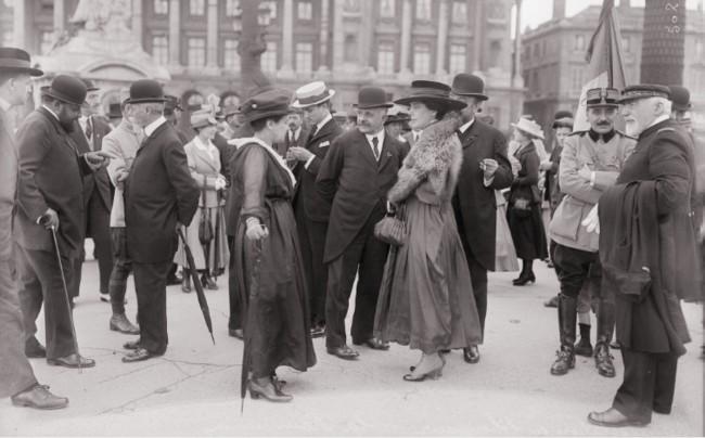 1917 GALLICA Manifestation en l'honneur de la Roumanie Paris 3