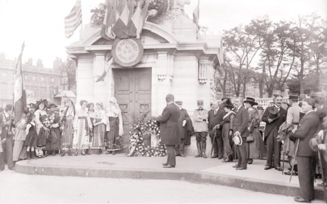 1917 GALLICA Manifestation en l'honneur de la Roumanie Paris