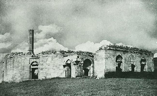 Ruinele moscheii din Teche, de lângă Balcic