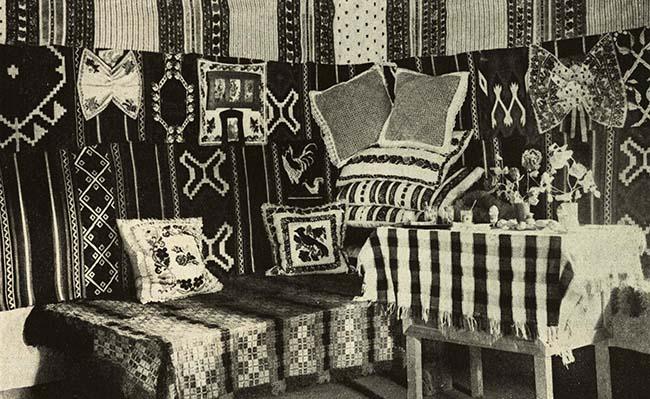 Interiorul casei unui ţăran din Nereju, Vrancea