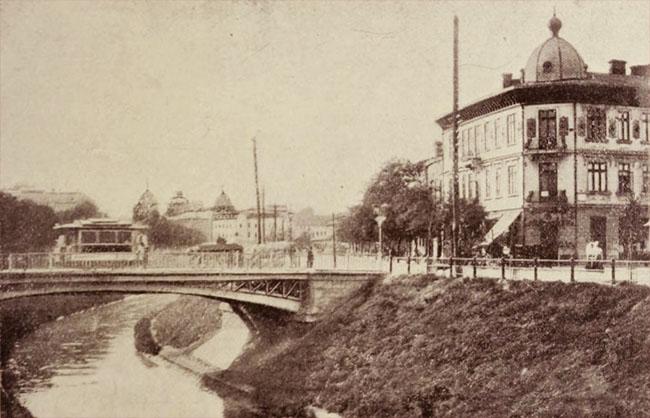 Pod pe noul curs al Dâmboviței