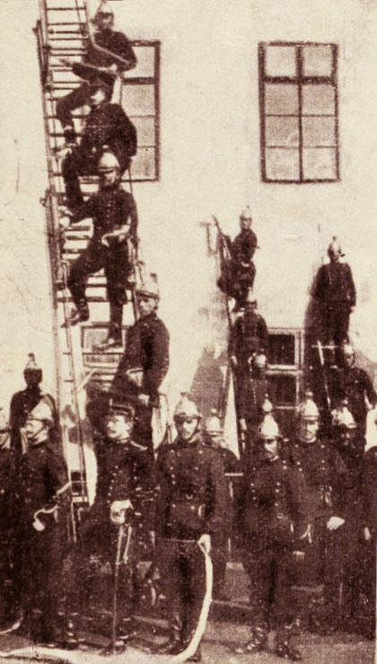 Pompieri, în 1906