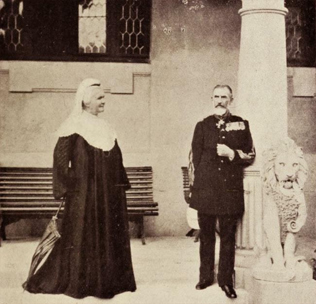 Regele și Regina, la Peleș