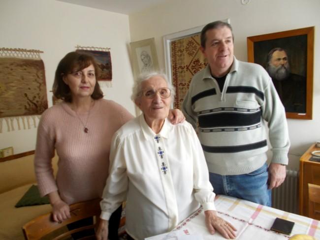 Ana Candrea Constantin cu Gabi si Mihai