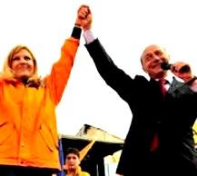Basescu Udrea victoriosi