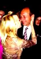 Basescu dans Udrea