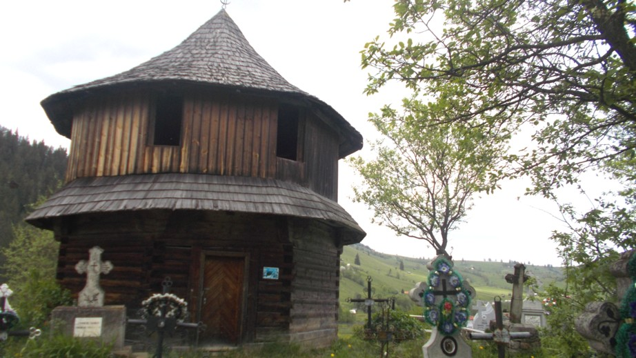 Străvechea biserică din Fundu Moldovei, păstrată la Breaza