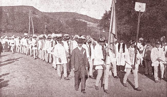 Blaj 1911 SERBĂRILE DE LA BLAJ 1911 Conductul etnografic Sosirea satelor