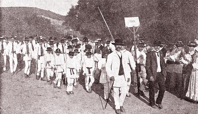 Sosirea căluşerilor, la Blaj, în 17/30 august 1911
