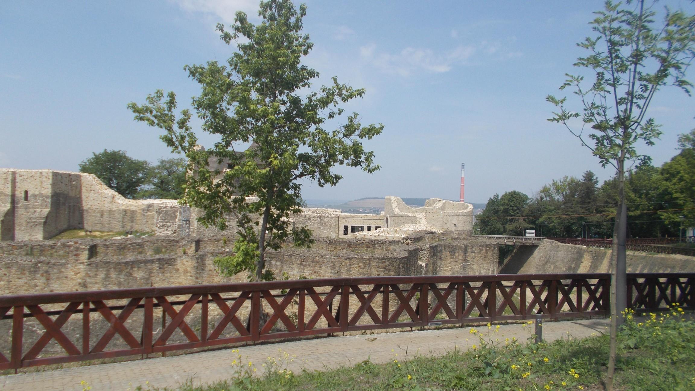 Cetatea Sucevei, aşteptându-şi oaspeţii