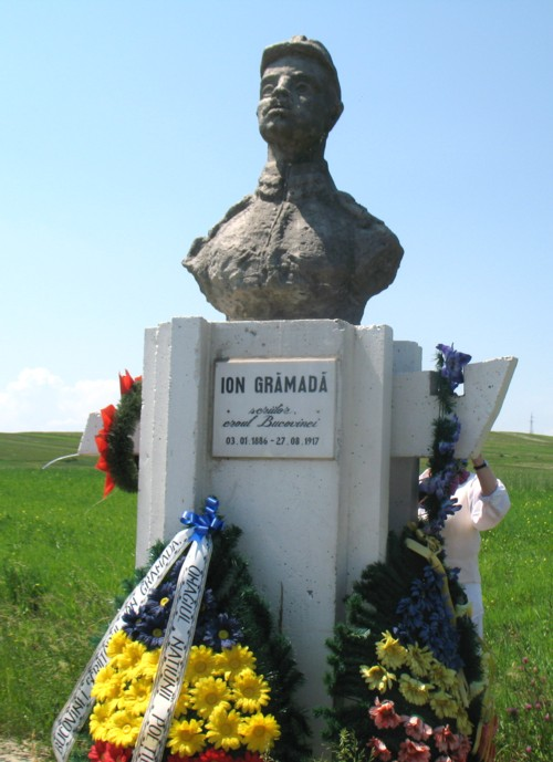Bustul lui Ion Gramada