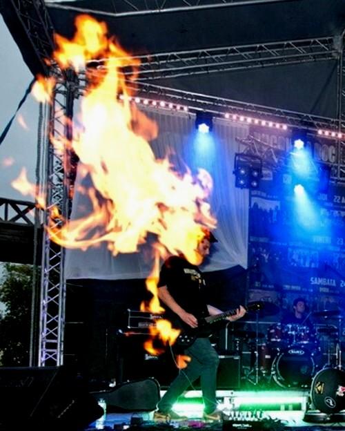 """Andrei """"Buzu"""" Parascan, în flăcări"""