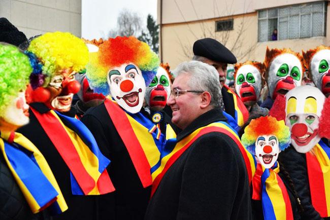 Ion Lungu: Aşă, aşă, sî facim o campanii plinî di culoari!