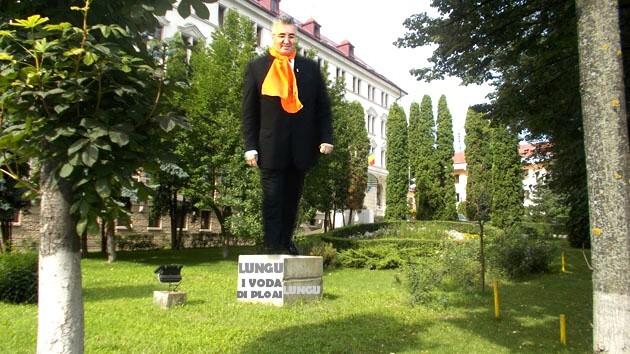 Primarul Ion Lungu: Cân' o sî vă deie Petru Muşat sarmali, o sî-l pun şî pi el!