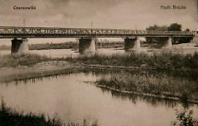 Cernăuţi, podul de peste Prut