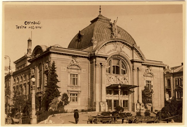 Cernauti Teatrul municipal