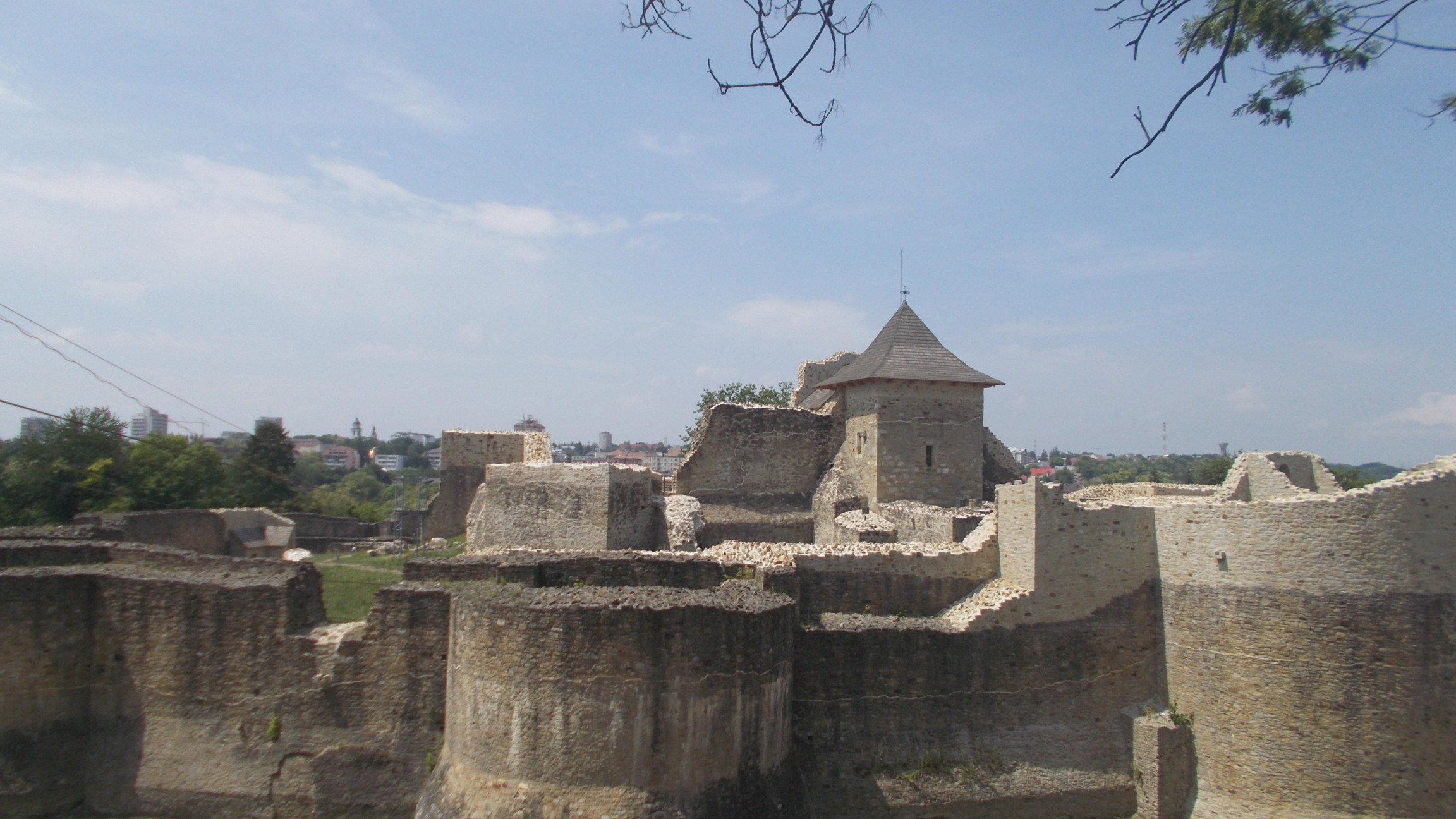 Cetatea Sucevei, luni, 25 mai 2015