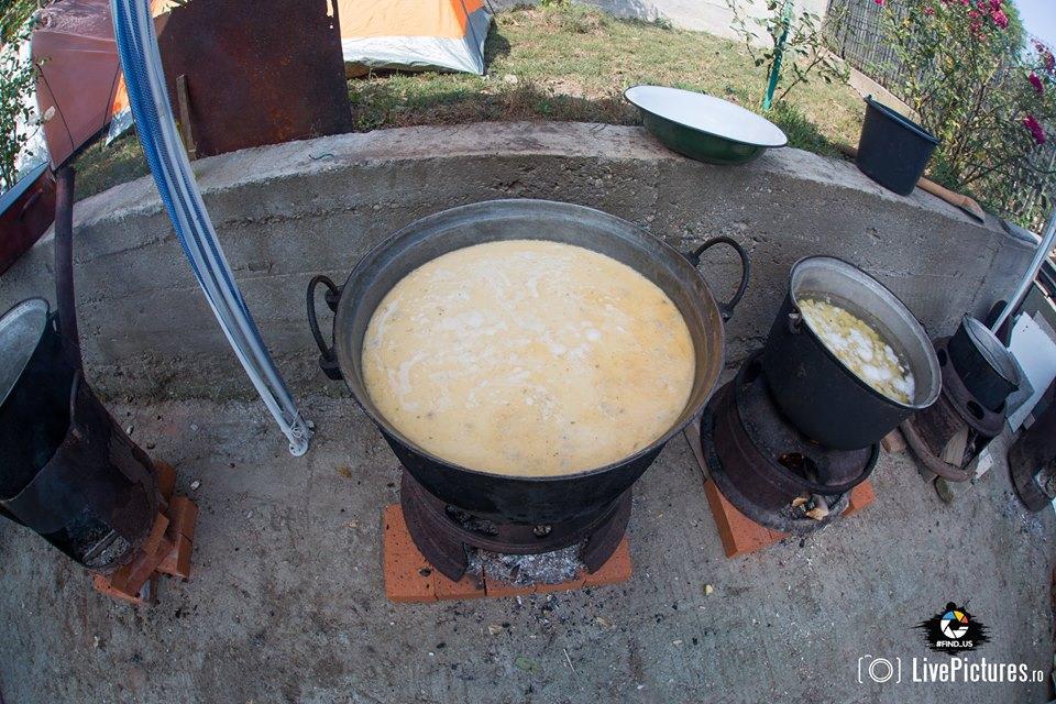 Ciorba rădăuţeană, gătită de Lucian Csibi