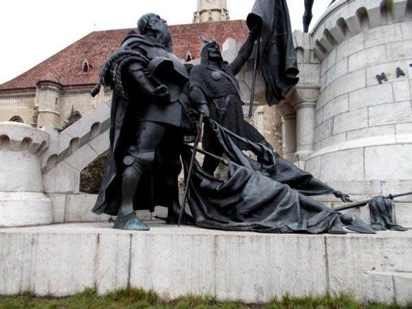 Steagurile lui Ştefan cel Mare, aruncate la picioarele lui Mathias Corvin