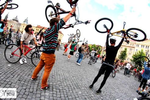 Cluj biciclete critical mass