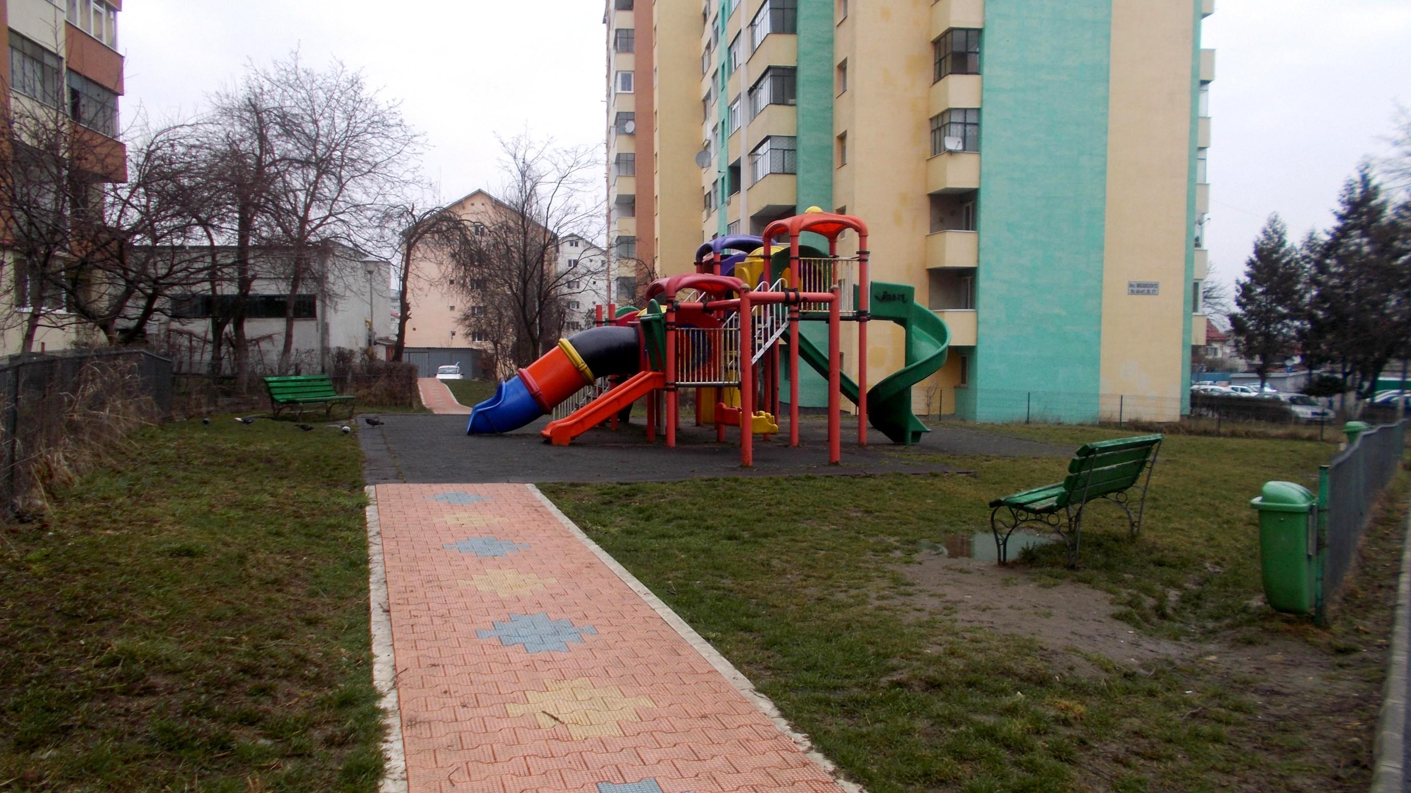 Cluj-Napoca: loc de joacă şi pistă pentru biciclete