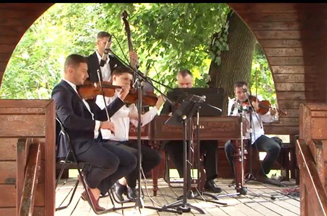 Concert Zicalasii in Parc