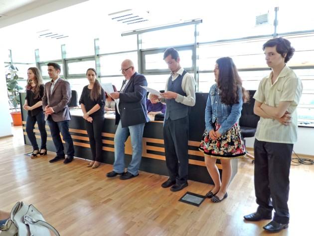 Concurs recitari finalisti in fata publicului