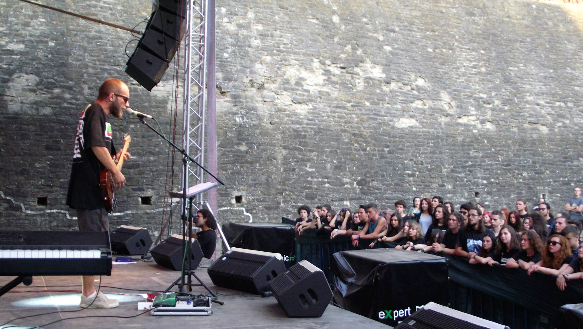 Coso rock 2
