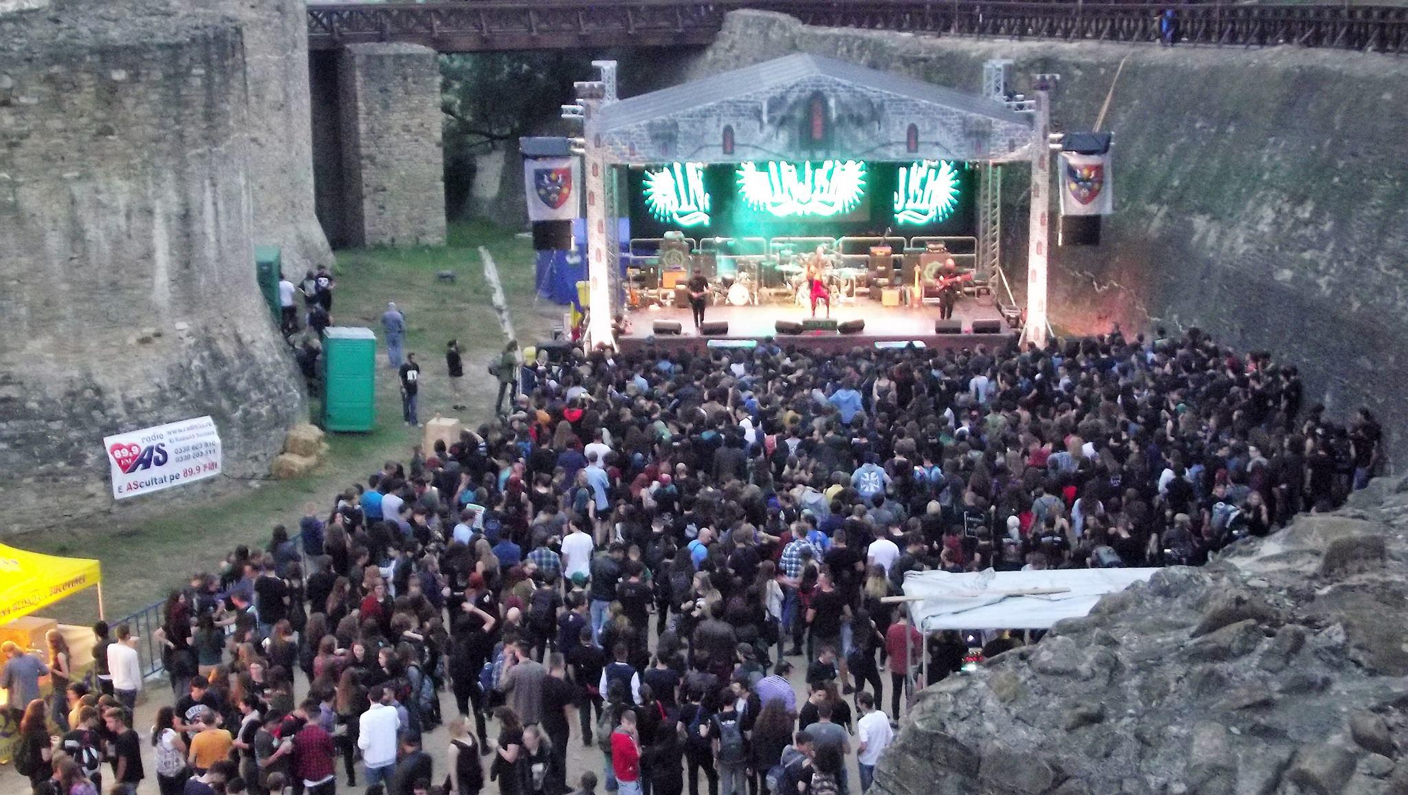 Coso rock 7