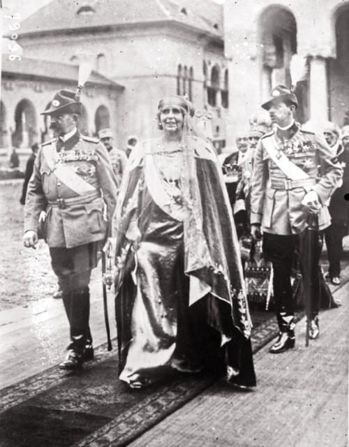 Couronnement des souverains roumains à Bucarest le 15 octobre 1922