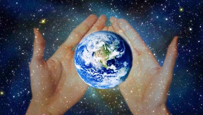 """""""Cerul şi Pământul sunt părinţii tuturor creaturilor, şi dintre toate creaturile omul este cel mai înzestrat, sincer şi inteligent"""""""