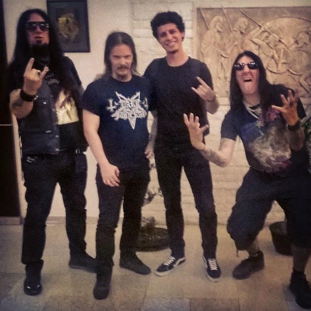 Culise Tipa cu Dark Funeral