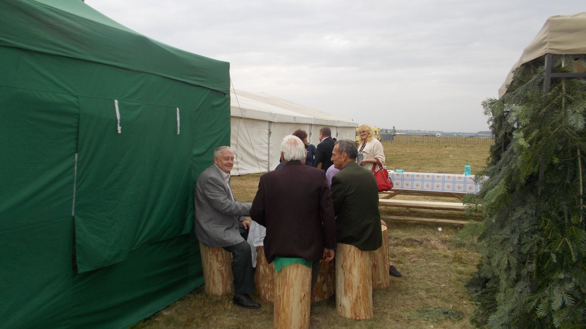 Ioan Hanuşteac, Atanasie Nistor şi Mihai Grozavu