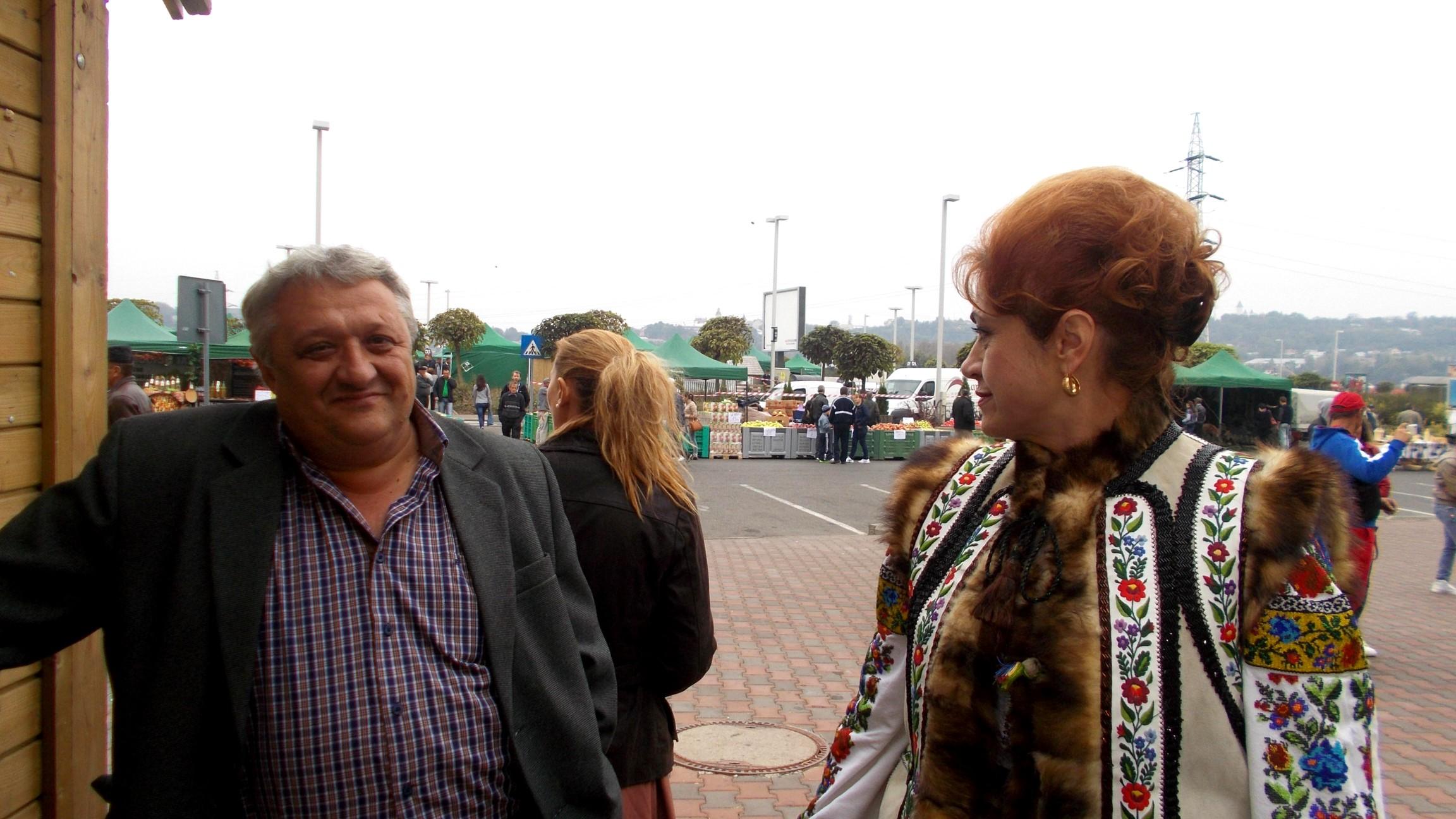 Primarul Calafindeştilor şi Gabriela Teişanu